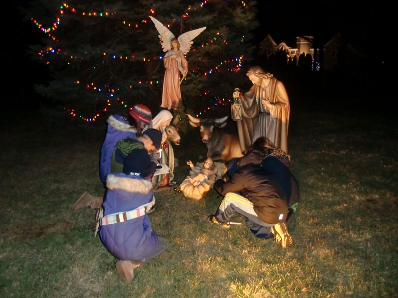 Manger Tebow Holy Cross Rumson