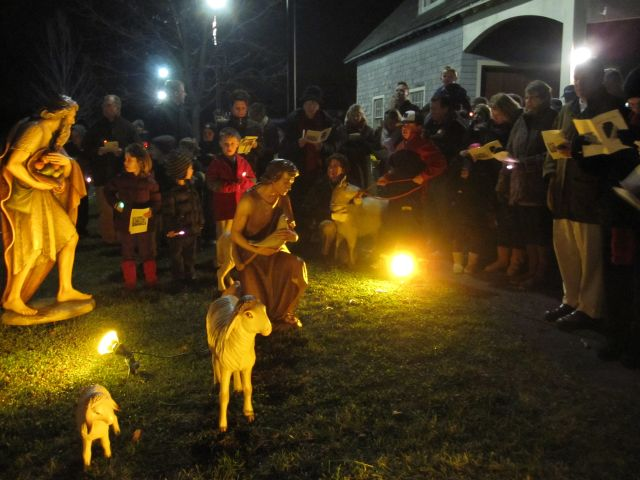 Stations of the creche 2011 018
