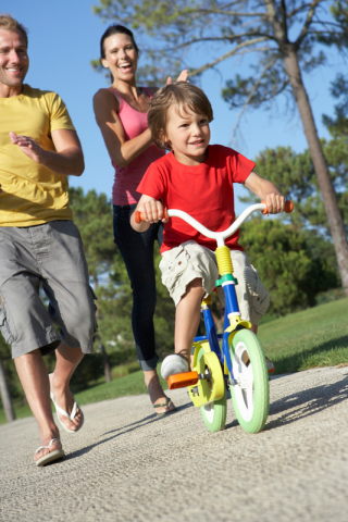bicycle riding, learning, parents, training wheels